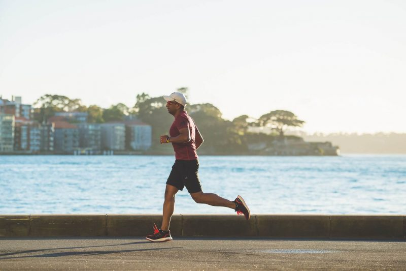 How to maintain a correct running posture